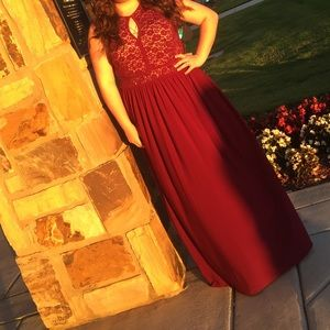 NW Red Glitter Laced Prom dress